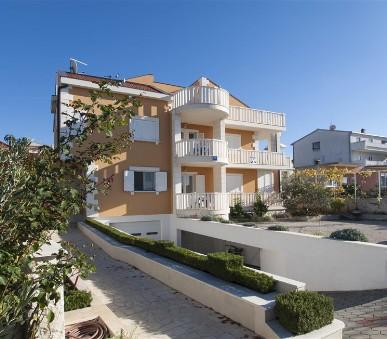 Apartments More Marelja