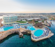 Hotel Ramla Bay Resort