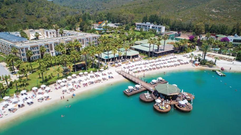 Hotel Crystal Green Bay Resort (fotografie 1)