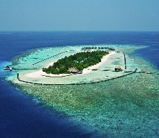 Hotel Komandoo Island Resort