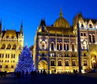 Advent v Budapešti a termály