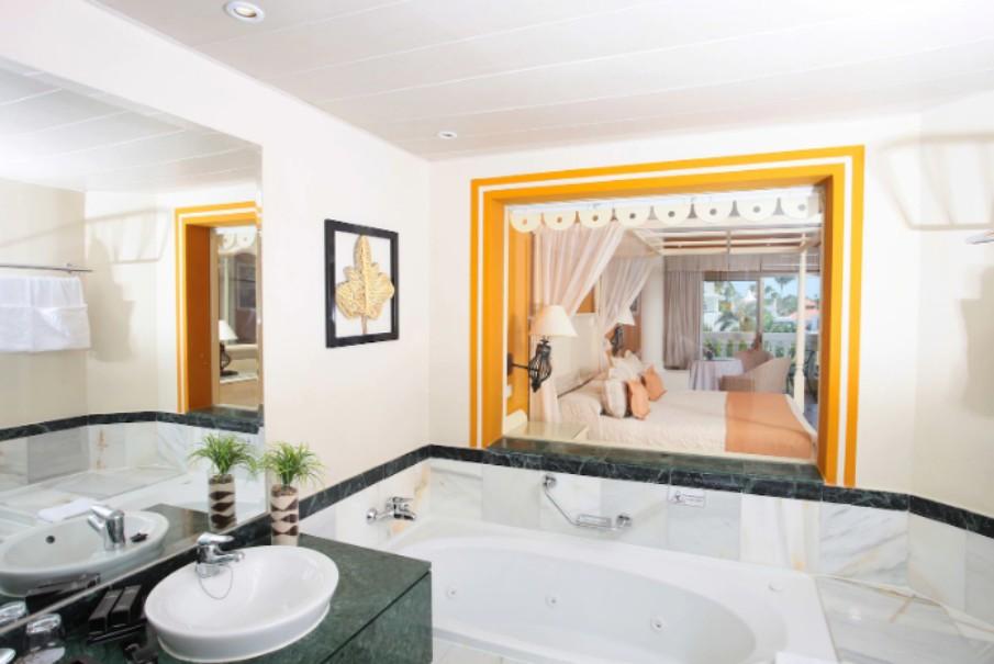 Hotelový komplex Luxury Bahia Principe Esmeralda (fotografie 16)