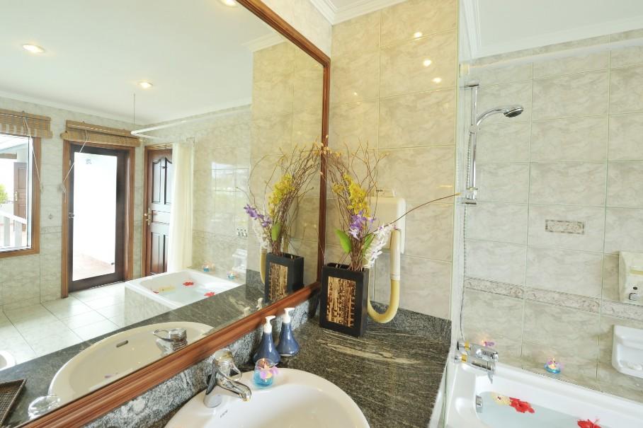 Vodní bungalovy Sun Island Resort & Spa (fotografie 24)