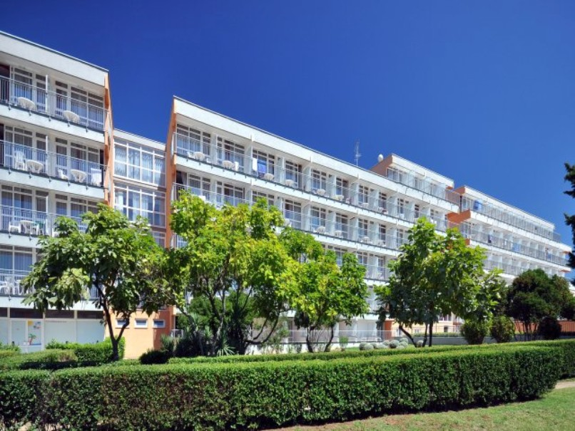 Hotel Holiday (fotografie 2)