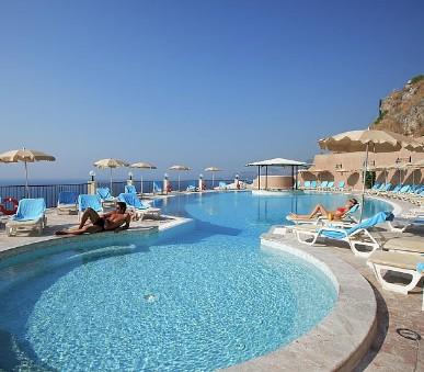 Hotel Capo Dei Greci Resort & Spa (hlavní fotografie)