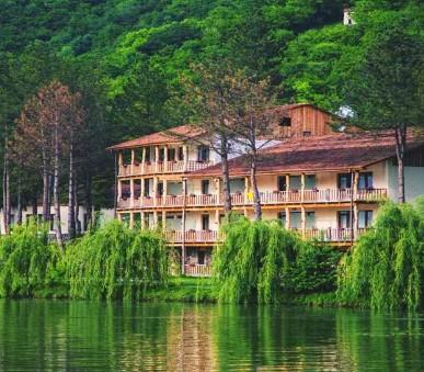 Hotel Lopota Lake Resort & Spa