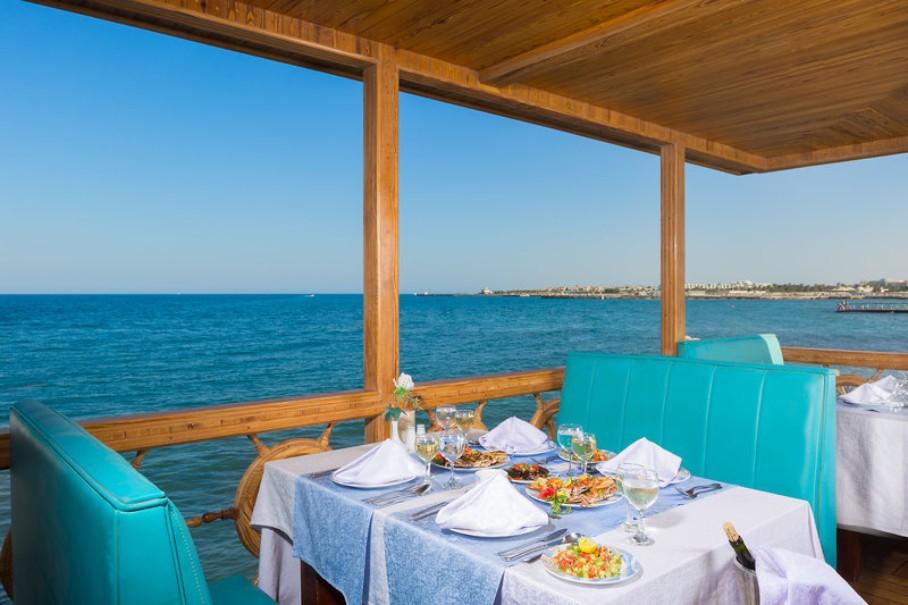Hotle Aladdin Beach Resort (fotografie 2)