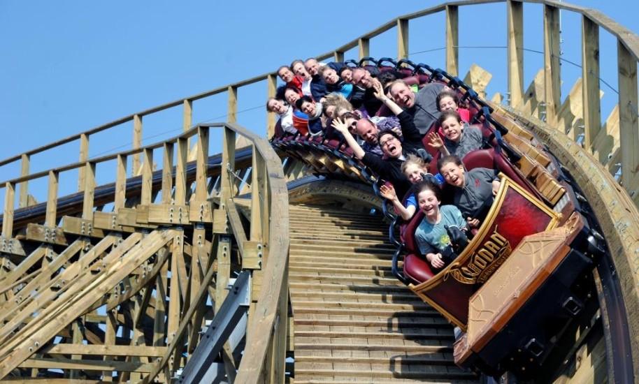 Rodinný Výlet Do Nejoblíbenějšího Zábavního Parku V Evropě (fotografie 13)