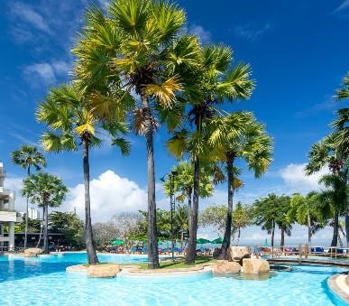 Garden Sea View Resort / Bangkok Palace Hotel
