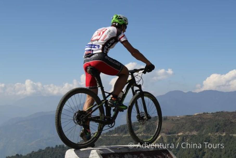 Bhútán na kole (fotografie 19)