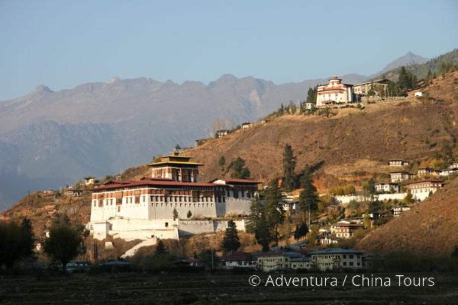 Bhútán s turistikou v zeleném Himálaji (fotografie 14)