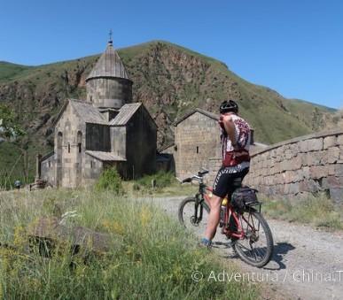 Arménie na kole