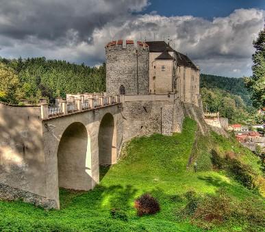 Hrad Český Šternberk a Sázavský klášter