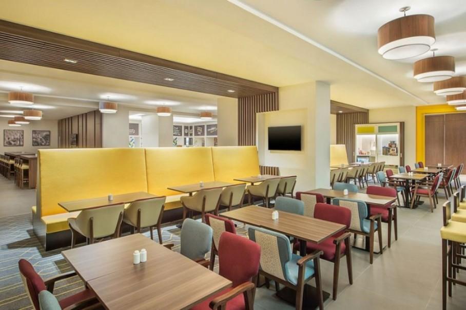 Hotel Hampton By Hilton Dubai Airport (fotografie 9)