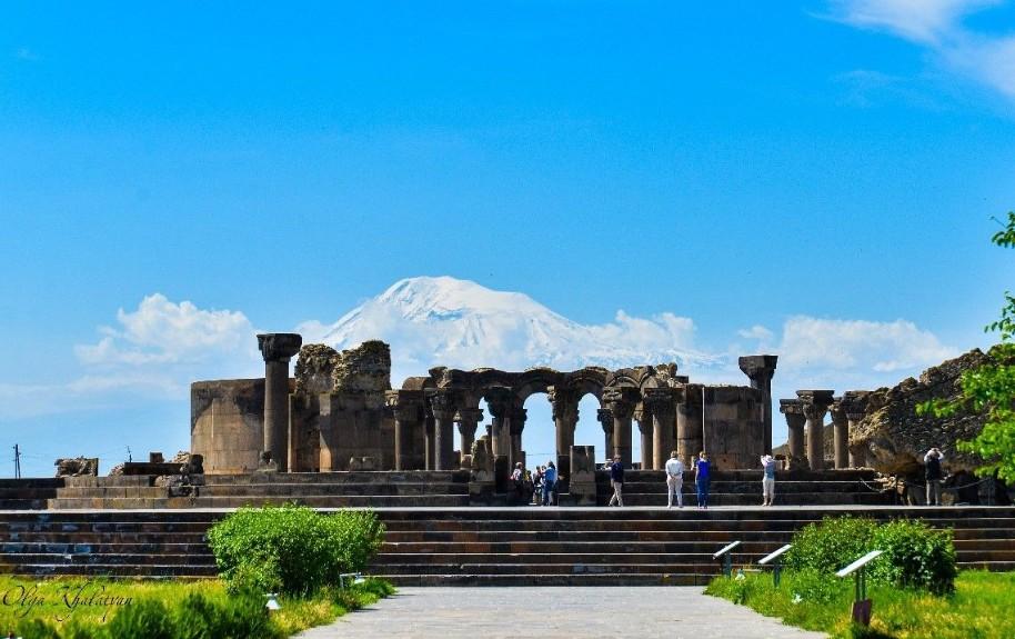 Historie a příroda v Armenii (fotografie 2)