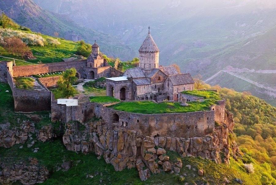 Historie a příroda v Armenii (fotografie 1)