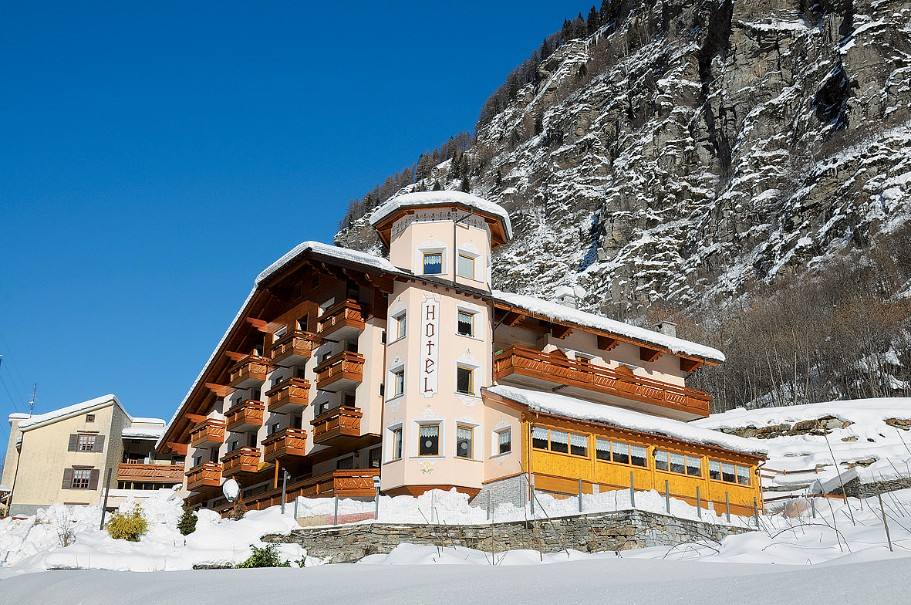 Alps Hotel Wellness Oriental (fotografie 1)
