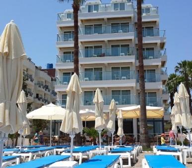 Hotel Begonville Beach