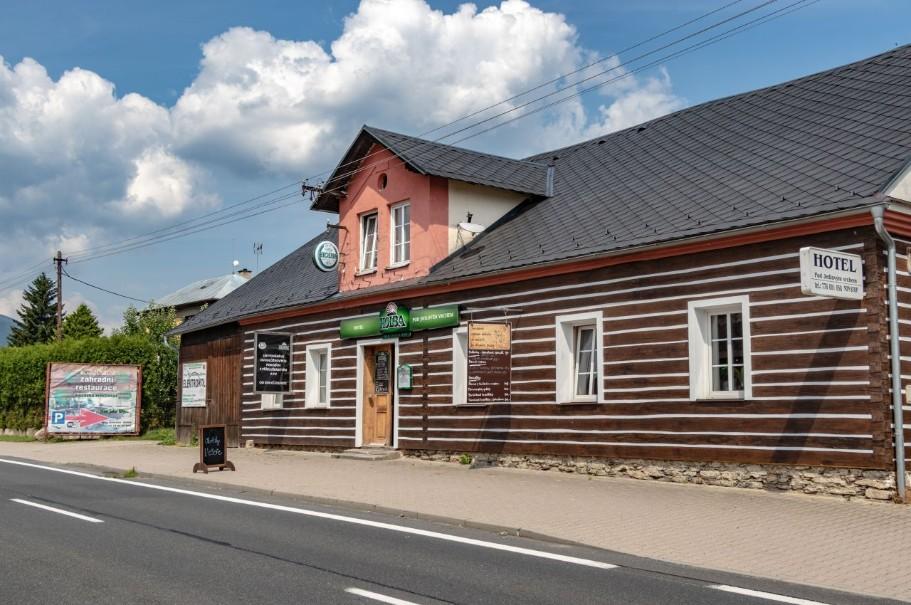 Hotel Pod Jedlovým Vrchem (fotografie 11)