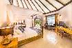 Hotel Kihaa Maldives Island Resort (fotografie 17)