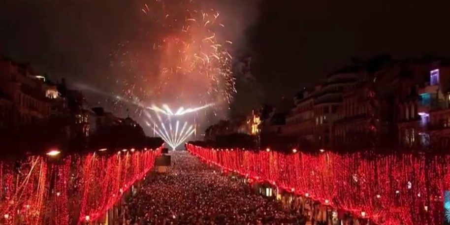 Silvestr v Paříži (fotografie 26)