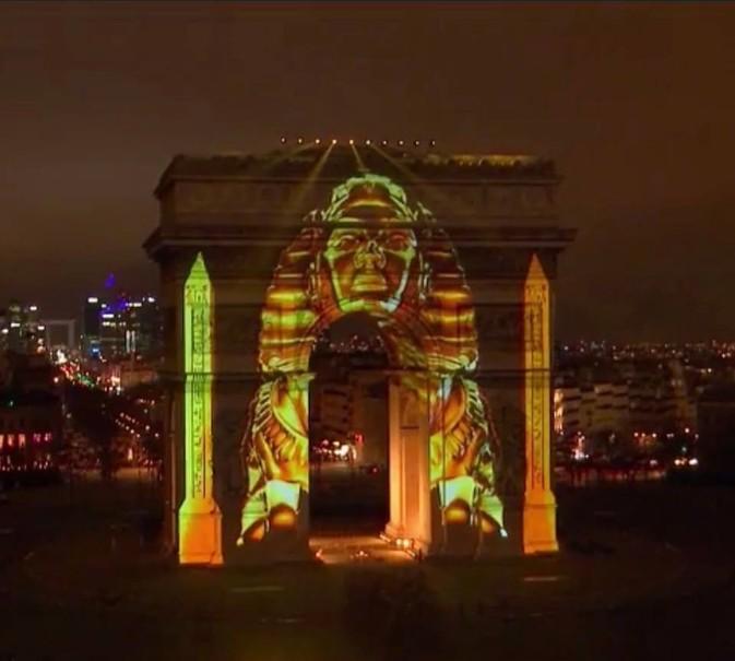 Silvestr v Paříži (fotografie 30)