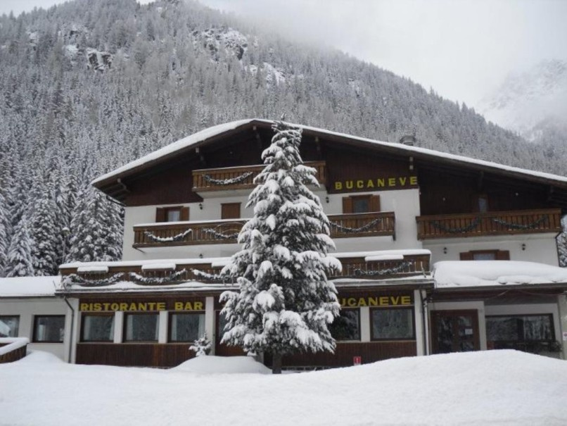 Hotel Bucaneve (fotografie 1)