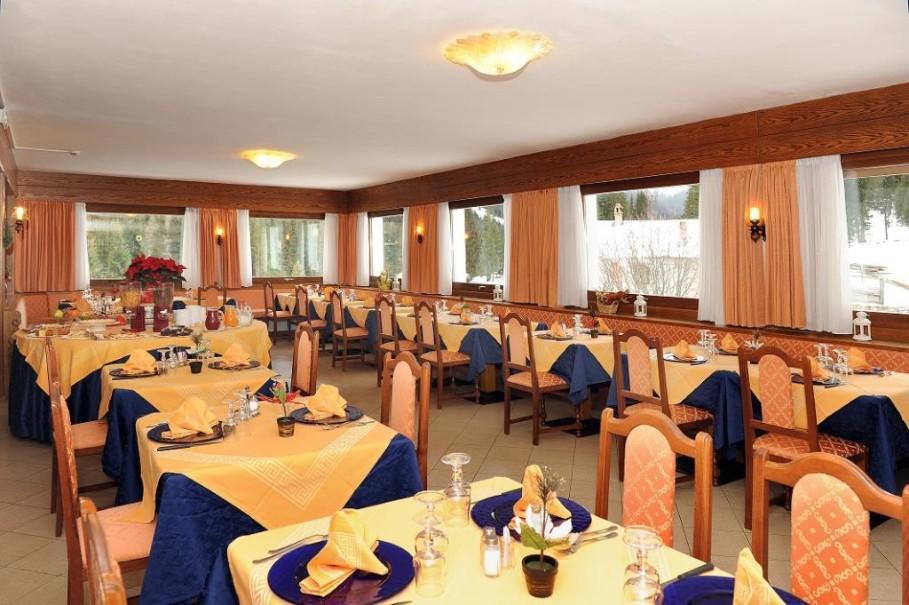 Hotel Bucaneve (fotografie 8)