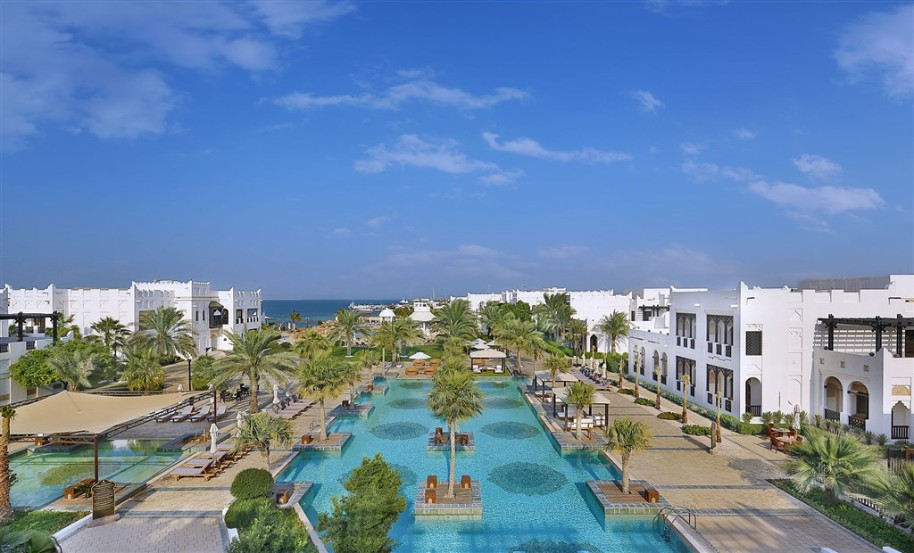 Hotel Sharq Village & Spa By Ritz (fotografie 1)
