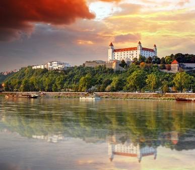 Adventní Bratislava, termální lázně Györ a nedělní Vídeň