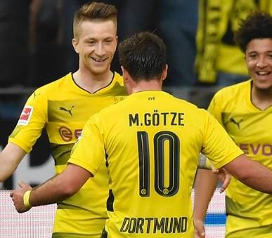 Borussia Dortmund - Slavia Praha letecky Katovice