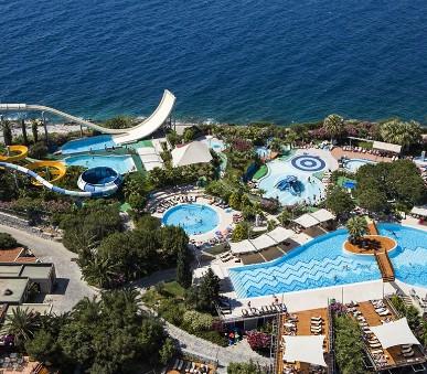 Hotelový komplex Pine Bay Holiday Resort (hlavní fotografie)