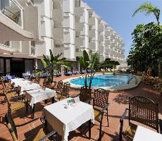 Hotel Lago Rojo