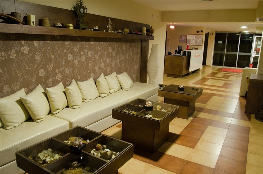 Hotel Tropics (fotografie 2)