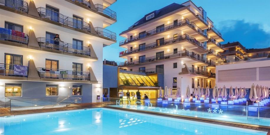 Hotelový komplex Alhambra (fotografie 2)
