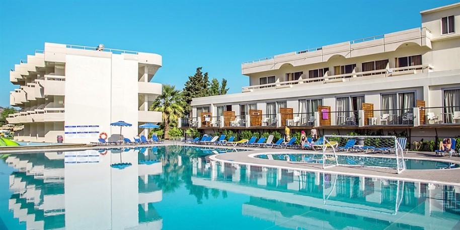 Hotel Delfinia (fotografie 1)