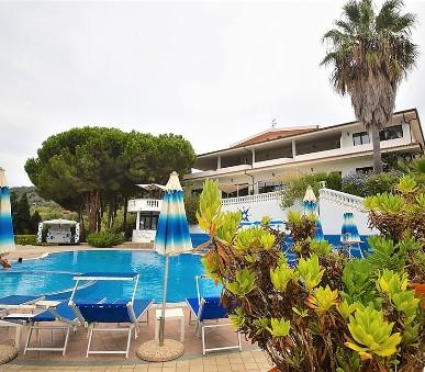 Hotelový komplex La Pineta Petto Bianco