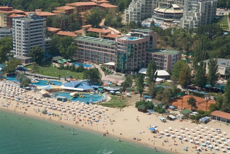 Hotel Lilia (fotografie 1)