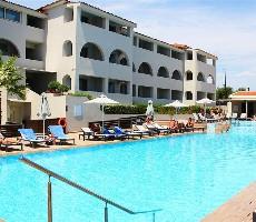 Hotelový komplex Azure Resort