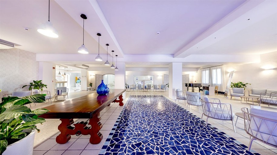 Hotelový komplex Blu Laconia (fotografie 4)