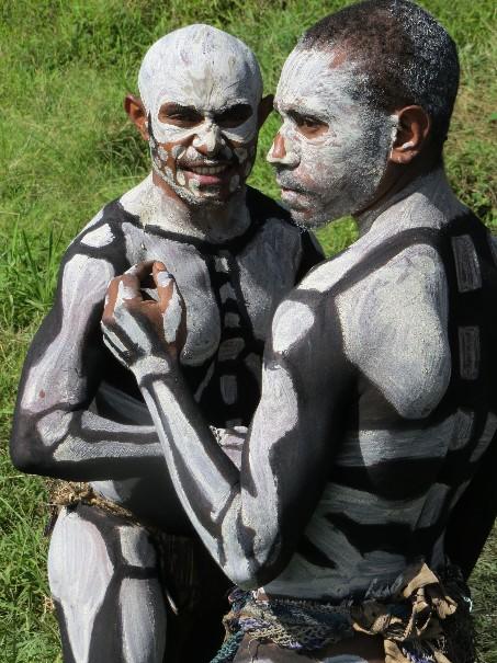 Papua Nová Guinea – Jedinečný festival barev Goroka (fotografie 11)