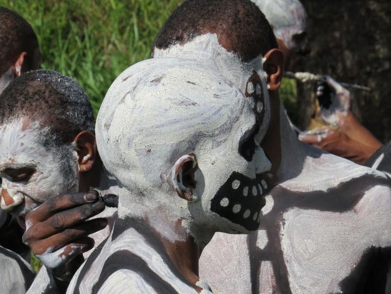 Papua Nová Guinea – Jedinečný festival barev Goroka (fotografie 19)