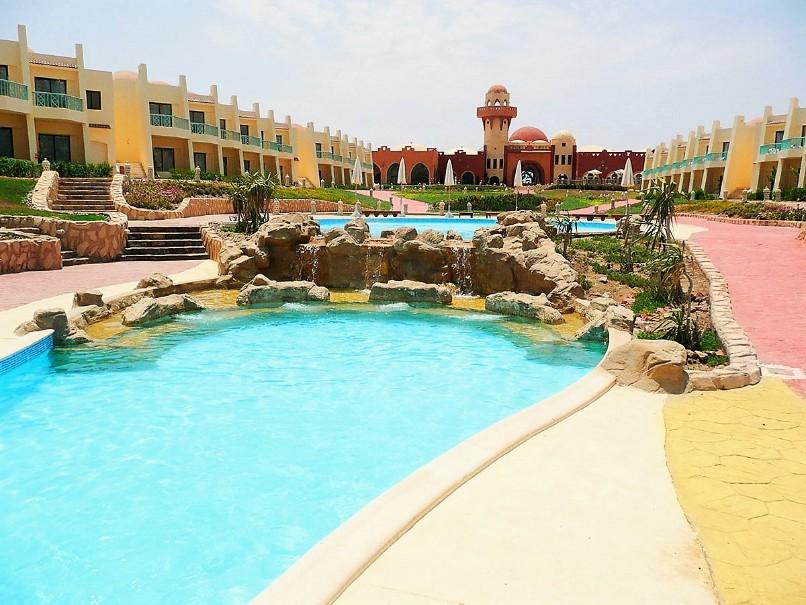 Hotel Onatti Beach Resort (fotografie 1)