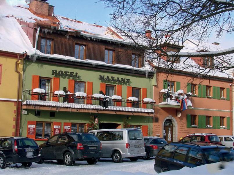 Hotel Maxant (fotografie 1)