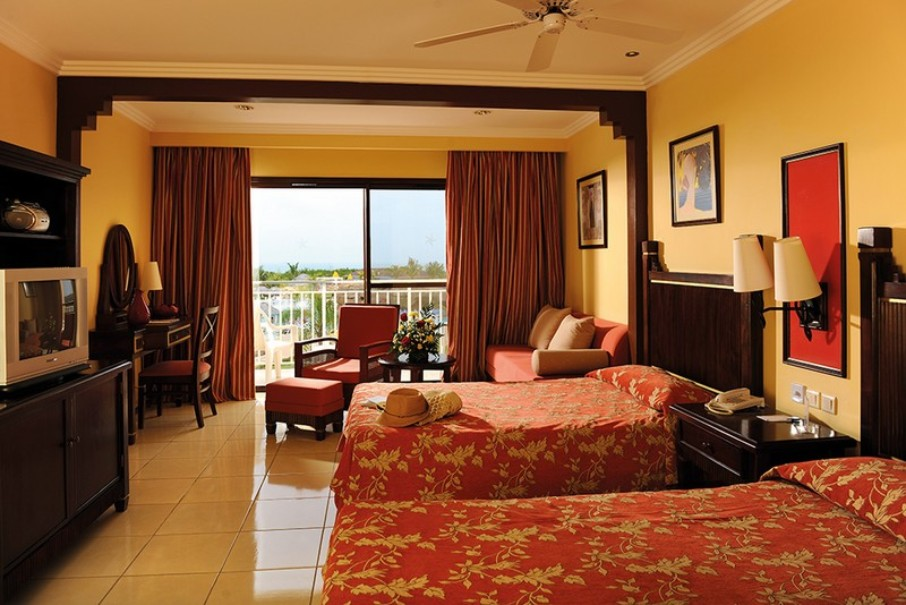 Hotelový komplex Iberostar Laguna Azul (fotografie 4)