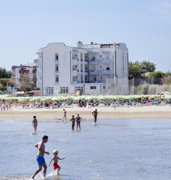 Hotel Iones (fotografie 2)