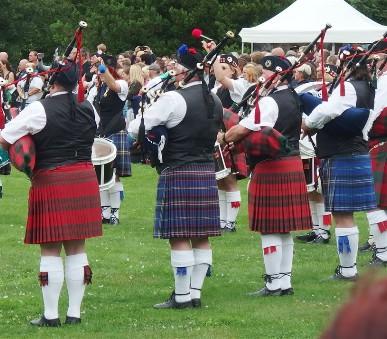Skotské hry na zámku Sychrov a whisky