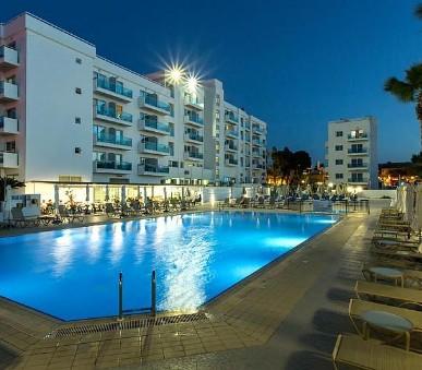 Hotel Kapetanios Bay (hlavní fotografie)