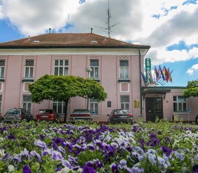 Pro Patria Ensana Spa (Spa Hotel Pro Patria,Piešťany)