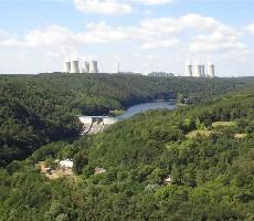 Elektrárna Dukovany, Pivovar Dalešice A Město Třebíč
